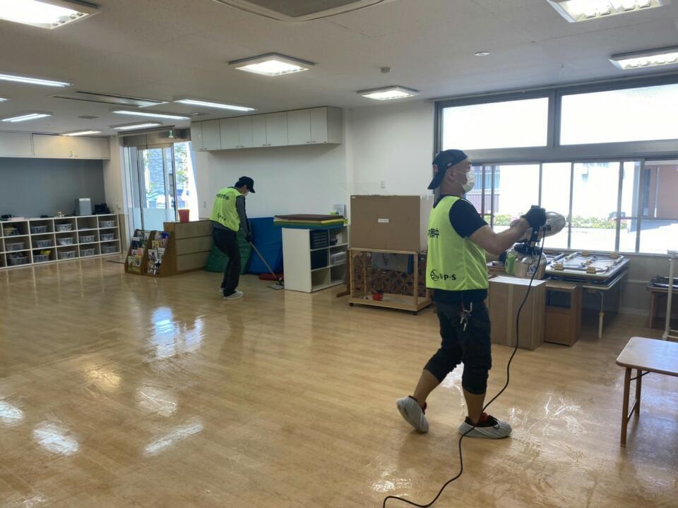 朝霞市認可保育園メリーポピンズ3店舗の予防消毒をボランティアで行いました。